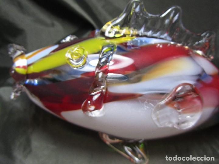 Antigüedades: antiguo pez 30 cm de largo y 12,5 de alto cristal de murano de colores faltando una parte de la cola - Foto 19 - 137981206