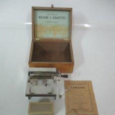 Coleccionismo: MAQUINA DE LIAR CIGARRILLOS FRANCESA - TABACO - MACHINE LEMAIRE - CON CAJA E INSTRUCCIONES. Lote 138003910