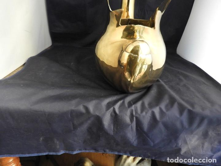 Antigüedades: BONITO CISNE DE LATON DORADO PARA FLORES - Foto 7 - 138053842