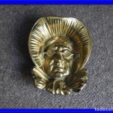Antigüedades: CENICERO VINTAGE DE BRONCE. Lote 138055554