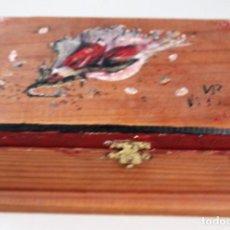 Antigüedades: ANTIGUA CAJA DE MADERA HECHA A MANO.. Lote 138083946