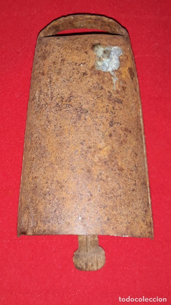 Antigüedades: CENCERRO BADAJO DE MADERA - Foto 3 - 138158866