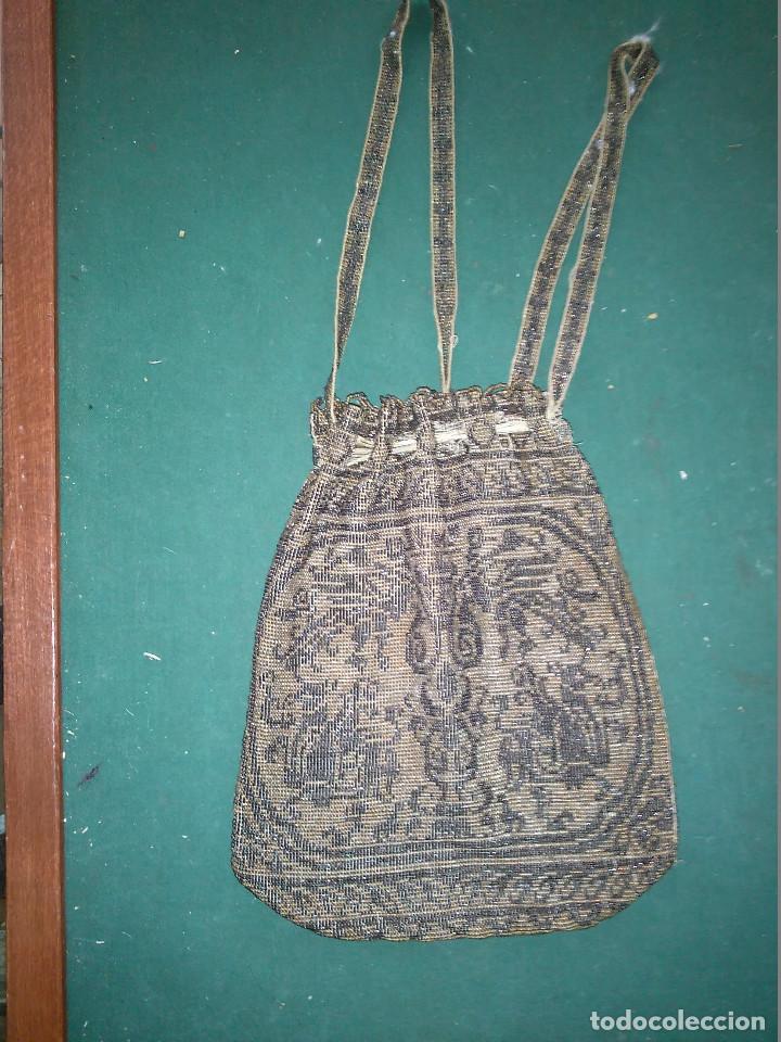 Antigüedades: MAGNIFICO ANTIGUO BOLSO DEL SIGLO XIX EN MICRO PERLAS METALICAS - Foto 5 - 172887797