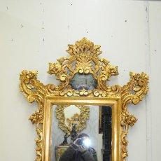 Antigüedades: ESPEJO ANTIGUO CORNUCOPIA DE MADERA TALLADA Y PAN DE ORO. Lote 138168546