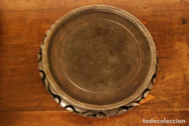 Antigüedades: Peana de madera oriental calada para base jarrón o macetero - Foto 2 - 138170086