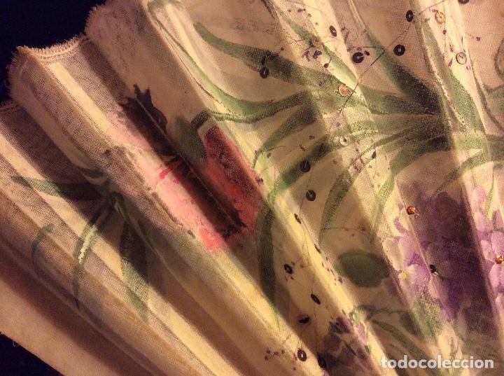 Antigüedades: Abanico en gasa pintado hueso antiguo. - Foto 5 - 138367794