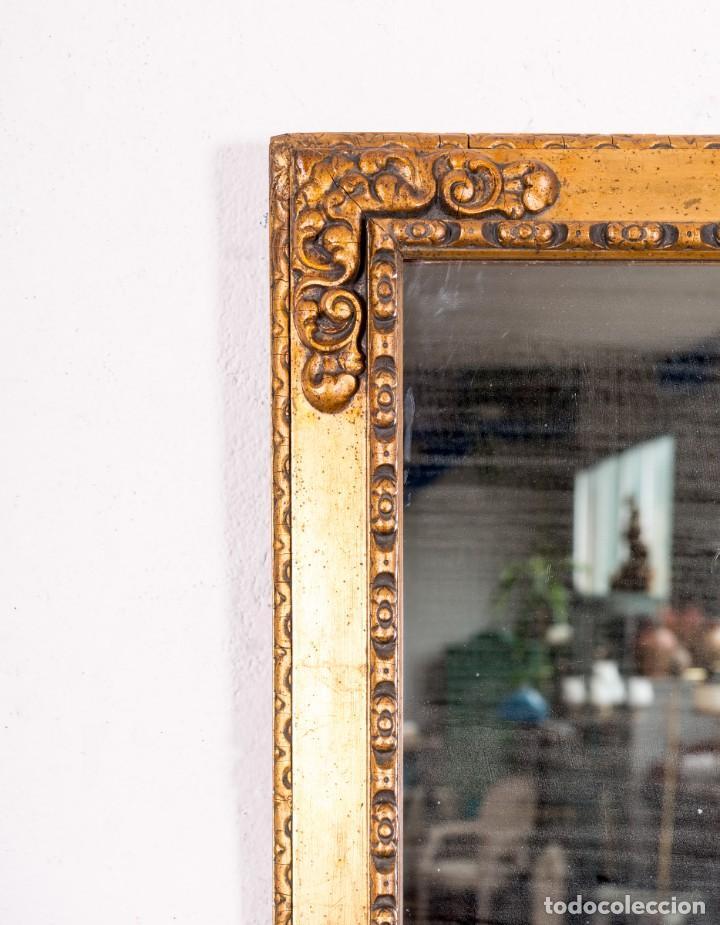 Antigüedades: Espejo Antiguo De Madera y Pan De Oro - Foto 2 - 138577090