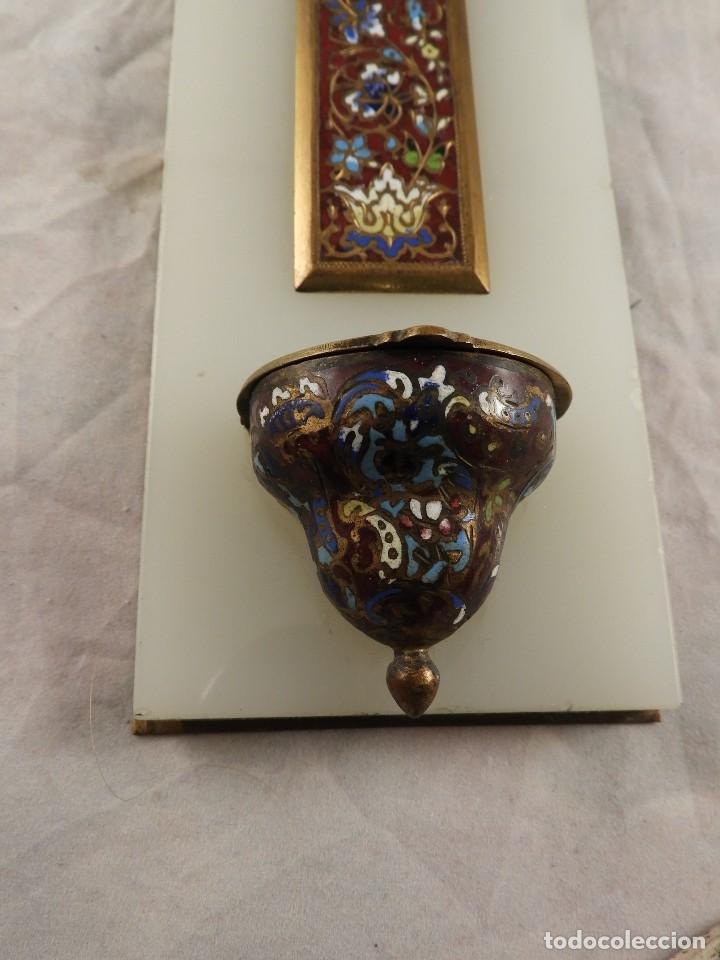 Antigüedades: BENDITERA ANTIGUA DE MARMOL Y BRONCE CLOISONNE - Foto 3 - 138648954