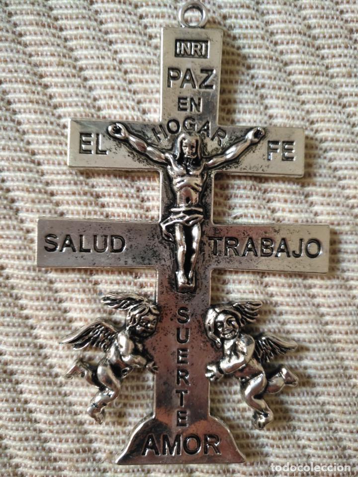 Antigüedades: cristo gran cruz pectoral de caravaca metal plateado ideal pecho de virgen de vestir semana santa - Foto 2 - 138664606