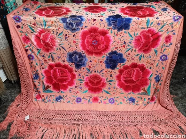 Antigüedades: Precioso mantón antiguo de peonías - Foto 4 - 115175924