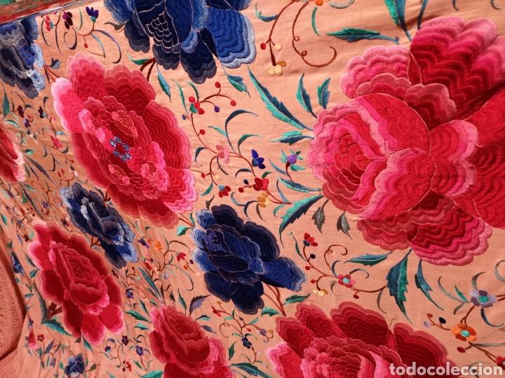 Antigüedades: Precioso mantón antiguo de peonías - Foto 9 - 115175924