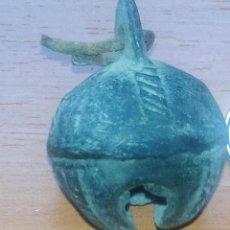 Antigüedades: ANTIGUO CASCABEL MEDIEVAL EN BRONCE - SIGLOS XVI-XVII - DECORADO - ZXY. Lote 138817130