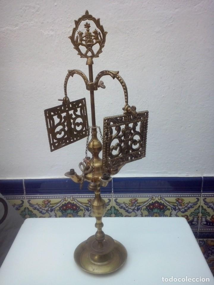CANDELABRO VELÓN ANTIGUO DE METAL (Antigüedades - Iluminación - Candelabros Antiguos)