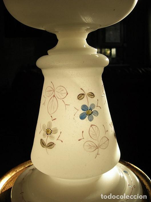 Antigüedades: Quinqué antiguo de opalina - Foto 6 - 138864406