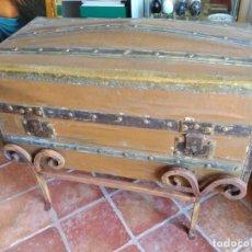 Antigüedades: ANTIGUO BAÚL EN HIERRO Y MADERA 77X40X37CM. Lote 138878974