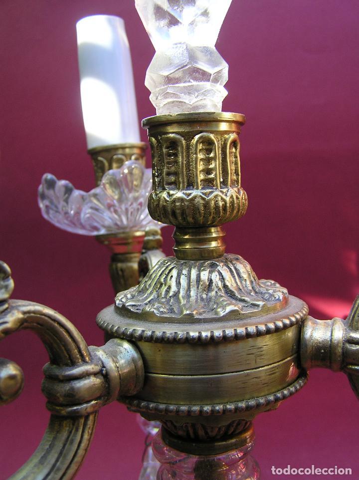 Antigüedades: CANDELABRO DE BRONCE TRES BRAZOS . Lágrimas de cristal .Electrificado y funcionando. ESPECTACULAR C - Foto 9 - 138925078