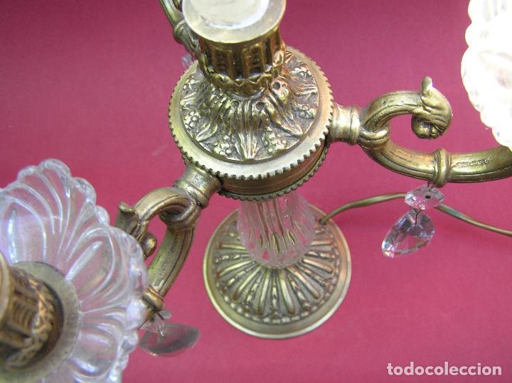 Antigüedades: CANDELABRO DE BRONCE TRES BRAZOS . Lágrimas de cristal .Electrificado y funcionando. ESPECTACULAR C - Foto 14 - 138925078