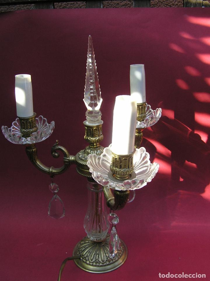 Antigüedades: CANDELABRO DE BRONCE TRES BRAZOS . Lágrimas de cristal .Electrificado y funcionando. ESPECTACULAR C - Foto 15 - 138925078
