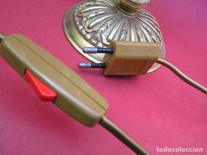 Antigüedades: CANDELABRO DE BRONCE TRES BRAZOS . Lágrimas de cristal .Electrificado y funcionando. ESPECTACULAR C - Foto 18 - 138925078