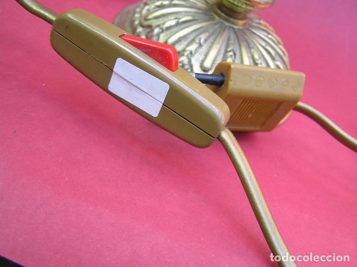 Antigüedades: CANDELABRO DE BRONCE TRES BRAZOS . Lágrimas de cristal .Electrificado y funcionando. ESPECTACULAR C - Foto 19 - 138925078