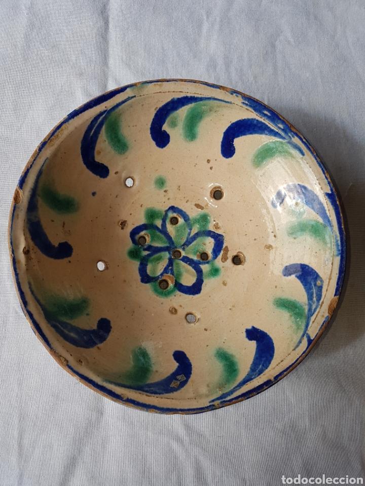 ANTIGUO LEBRILLO ESCURRIDOR FAJALAUZA (Antigüedades - Porcelanas y Cerámicas - Fajalauza)