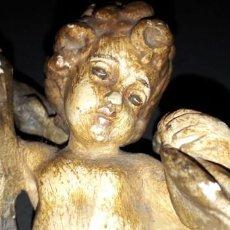 Antigüedades: ANTIGUO ANGELITO DE PRINCIPIOS XX EN ESCAYOLA. Lote 138950882