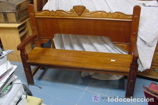 IMPRESIONANTE BANCO DE MADERA DE CAOBA MACIZA, ÚNICO !! (Antigüedades - Muebles Antiguos - Sofás Antiguos)