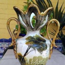 Antigüedades: JARRON DE PORCELANA. Lote 138983602