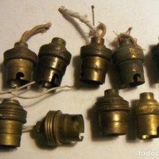 Antigüedades: LOTE DE 9 CASQUILLOS DE LATON PARA BOMBILLAS . Lote 138983806