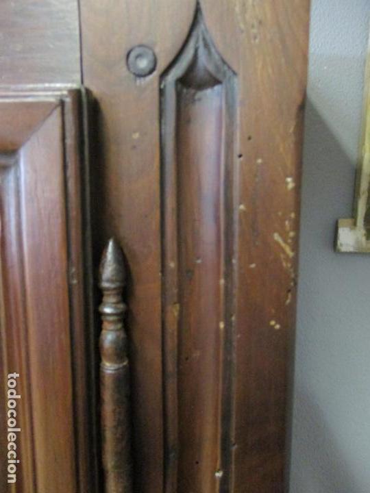 Antigüedades: Antiguo Armario Barroco Catalán - Carlos III - Madera de Nogal - Tiradores de Bronce - S. XVIII - Foto 10 - 139028858