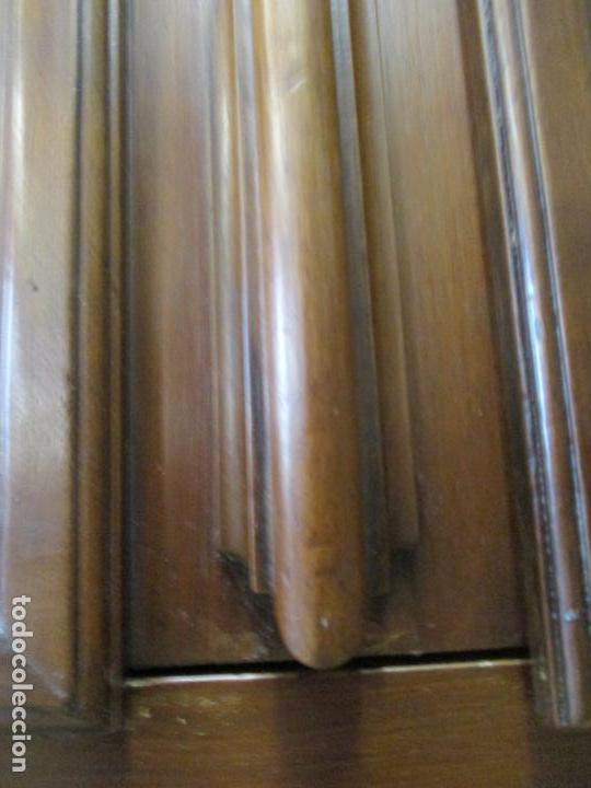 Antigüedades: Antiguo Armario Barroco Catalán - Carlos III - Madera de Nogal - Tiradores de Bronce - S. XVIII - Foto 12 - 139028858