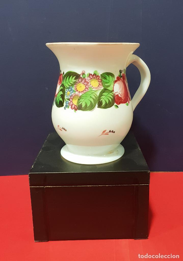 JARRA DE OPALINA. LA GRANJA. SIGLO XIX. (Antigüedades - Cristal y Vidrio - La Granja)