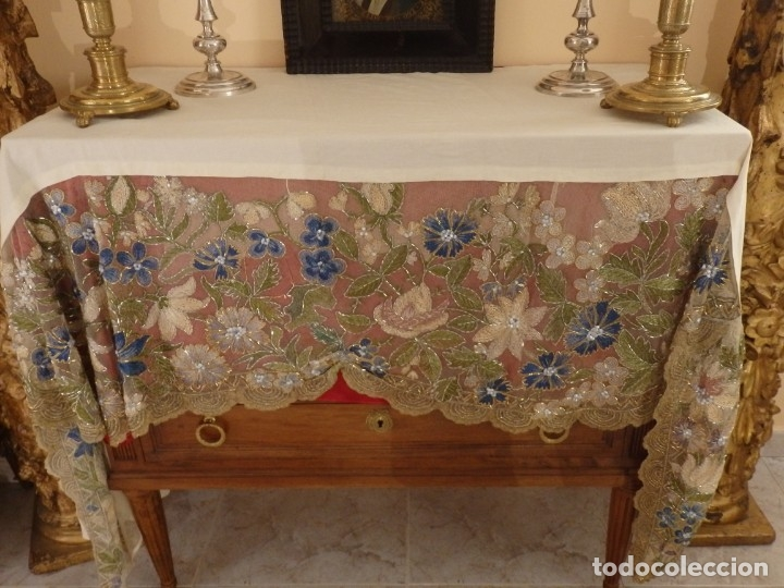 Antigüedades: Mantel-frente de altar en tul adornado con encajes de oro, sedas, etc. 234 x 92 cm. Pps. S. XX. - Foto 27 - 139121006