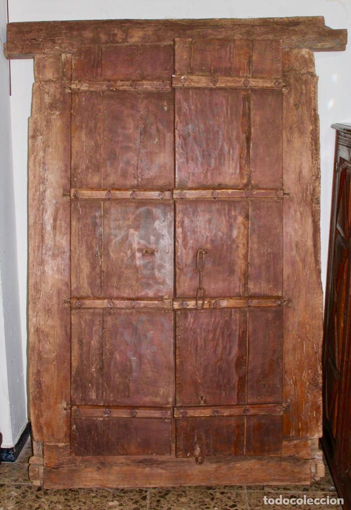 Antigüedades: PUERTA DE MADERA TALLADA ORIGINAL DE INDIA.SIGLO XVIII. - Foto 8 - 139187826