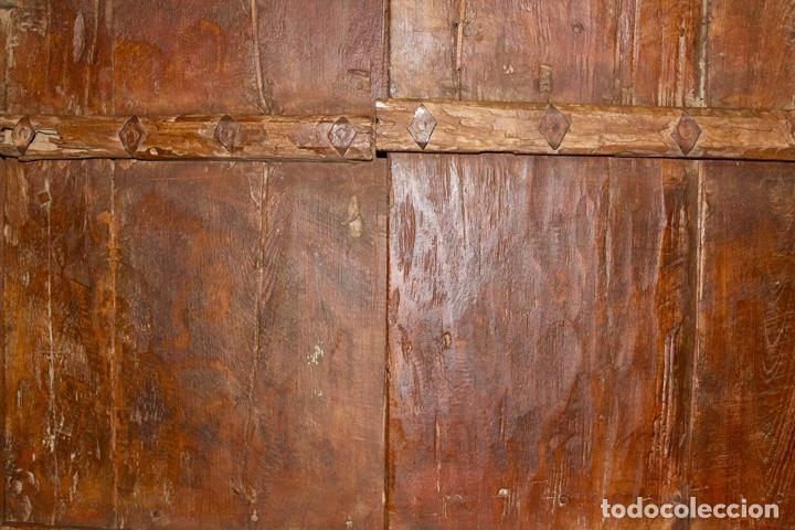 Antigüedades: PUERTA DE MADERA TALLADA ORIGINAL DE INDIA.SIGLO XVIII. - Foto 10 - 139187826