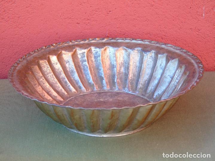 Antigüedades: FUENTE DE COBRE ANTIGUO. 28CM - Foto 3 - 139218186