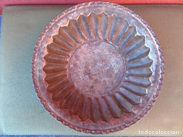 Antigüedades: FUENTE DE COBRE ANTIGUO. 28CM - Foto 4 - 139218186