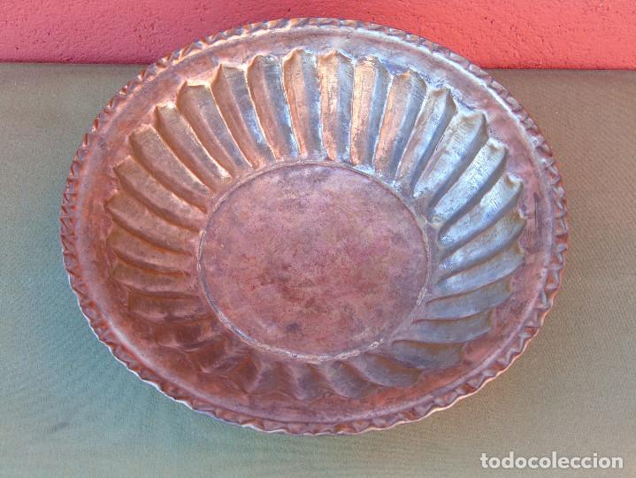 Antigüedades: FUENTE DE COBRE ANTIGUO. 28CM - Foto 5 - 139218186