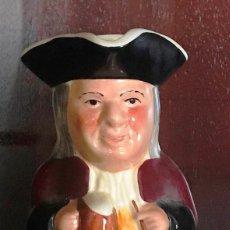 Antiguidades: JARRA DE CERVEZA DE PORCELANA TONY WOOD STAFFORDSHIRE ENGLNAD 362 GR ALTURA 15 CM 8 X 6 CM BASE . Lote 139228258