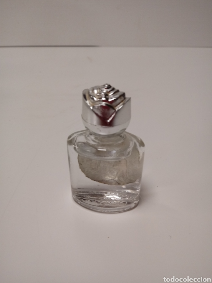 Antigüedades: Pequeña botella de agua bendita de lourdes - Foto 2 - 139239605