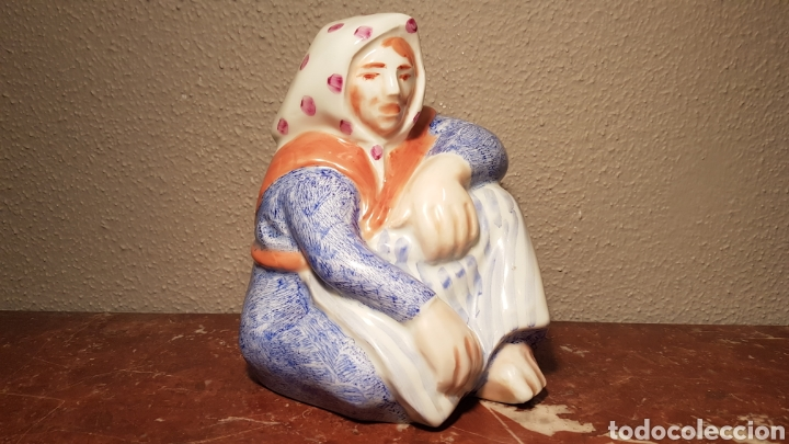 MULLER SENTADA DE CARLOS MASIDE DE CERÁMICA DE CASTRO (Antiquitäten - Porzellan und Keramik - Sargadelos)