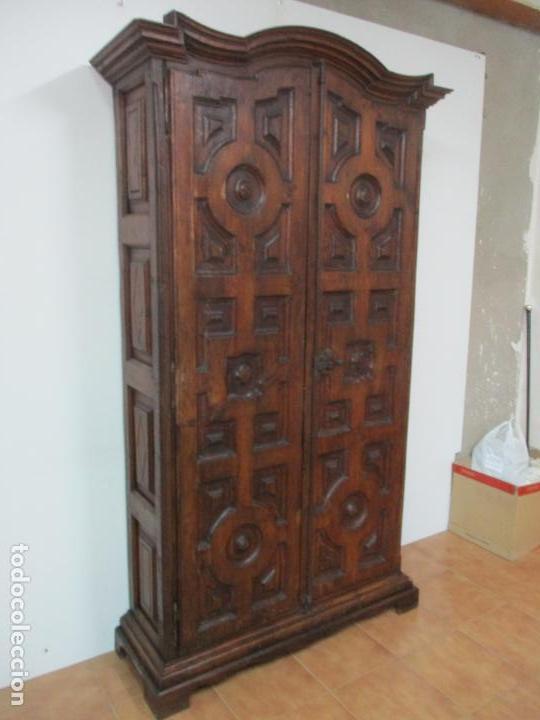 Antigüedades: Antiguo Armario Rústico - Alacena - Mueble Español - Madera de Roble - S. XVII - Foto 5 - 139262390