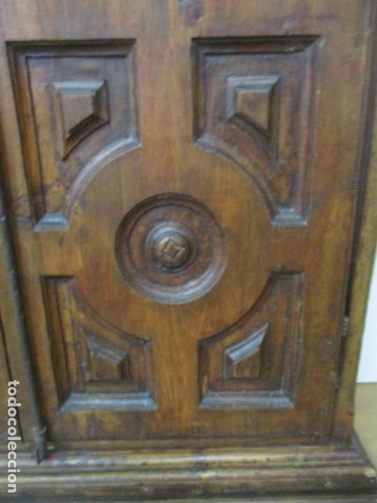 Antigüedades: Antiguo Armario Rústico - Alacena - Mueble Español - Madera de Roble - S. XVII - Foto 6 - 139262390