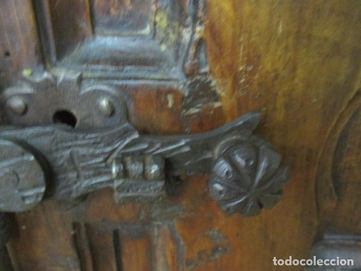 Antigüedades: Antiguo Armario Rústico - Alacena - Mueble Español - Madera de Roble - S. XVII - Foto 10 - 139262390