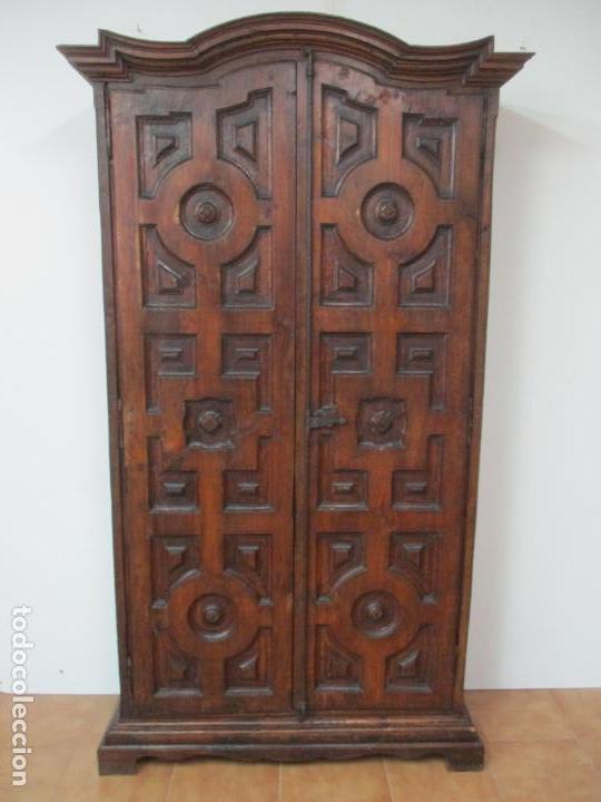 Antigüedades: Antiguo Armario Rústico - Alacena - Mueble Español - Madera de Roble - S. XVII - Foto 16 - 139262390