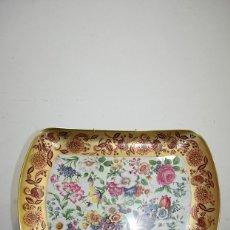 Antigüedades: BANDEJA ANTIGUA DE FINA PORCELANA. Lote 139302230