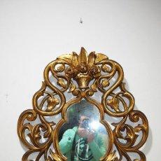 Antigüedades: ESPEJO ANTIGUO DE MADERA TALLADA Y PAN DE ORO. Lote 139304446