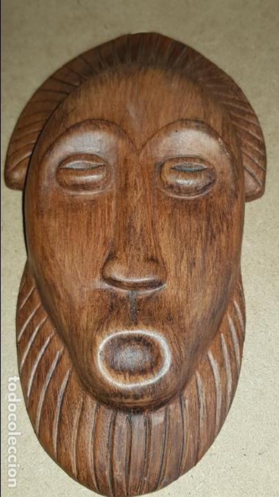 MÁSCARA DE CERÁMICA DE OLERÍA DE BUÑO / TALLER LISTA / PIEZA FIRMADA / 20 X 11 CM. (Antigüedades - Porcelanas y Cerámicas - Otras)