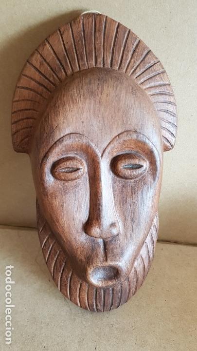 Antigüedades: MÁSCARA DE CERÁMICA DE OLERÍA DE BUÑO / TALLER LISTA / PIEZA FIRMADA / 20 X 11 CM. - Foto 7 - 139313126