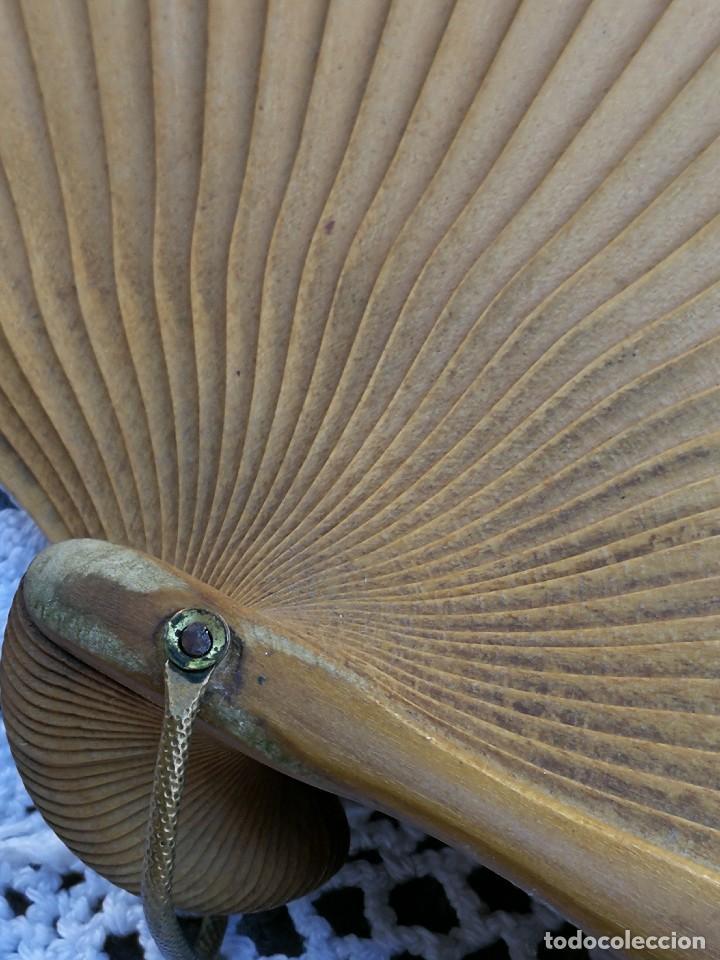 Antigüedades: ANTIGUO ABANICO MADERA ESTILO ISABELINO FRANCÉS PINTADO A MANO, S.XIX. 57CM.PRECIOSO!!!. - Foto 10 - 139323290